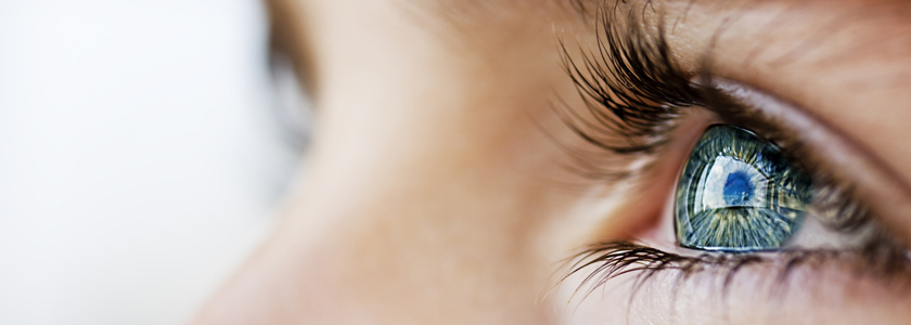 Augenfarbe ändern? So gefährlich sind Irisimplantate und Hornhauttätowierung