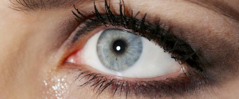 Welche schlechten Angewohnheiten Kontaktlinsenträger vermeiden sollten