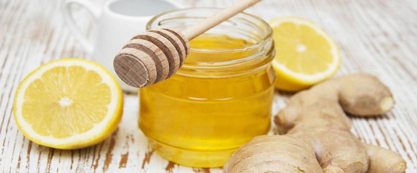 Ein Gesundheitstrunk: Der Ingwer-Zitronen-Honig Sirup